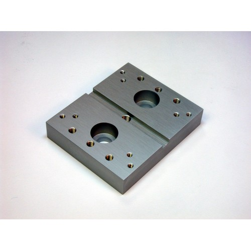 MDE860 - MDE709 Fibre Holder to Table Adapter