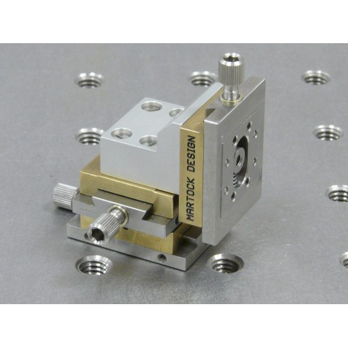 MDE263V - Three-Axis Very-Small XYZ Micropositioner Stage (Vacuum version)