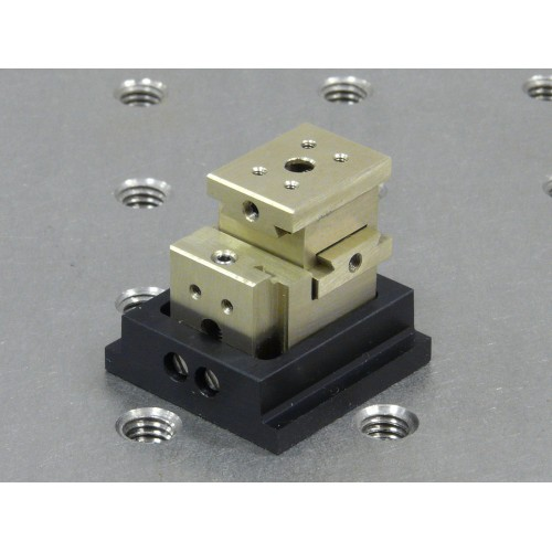 MDE267 - Three-Axis Ultra-Small XYZ Micropositioner Stage on M4 tapped base