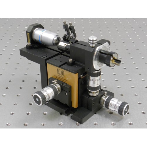 MDE520 - Elliot Gold™ Series Polarisation Maintaining Fibre Launch System with High Precision Adjusters