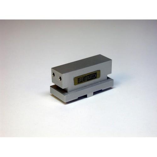 MDE744-10 - Waveguide/Device Holder - 10x18 mm Basic