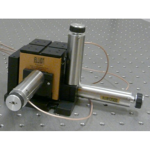 MDE125 - Elliot Gold™ Series XYZ Flexure Stage with Piezo Actuators: 100 µm Adjuster