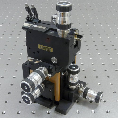 MDE187 - Six-Axis Positioner fitted with High Precision Manual Adjusters