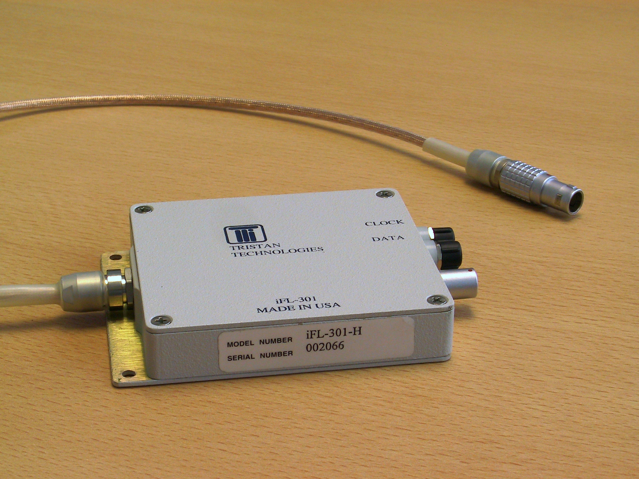 Tristan iMAG iFL-301 Series Flux-Locked Loops (FLLs) offer superior performance for SQUID sensors